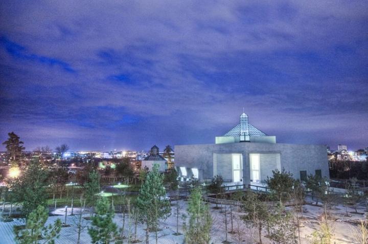 """""""现代艺术博物馆就邀请了享誉世界的美籍华人建筑师贝津铭来设计,贝大师别出心裁的设计让这里的艺术作..._现代艺术博物馆""""的评论图片"""