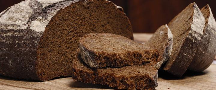 无题:黑面包