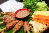 竹签烤肉卷