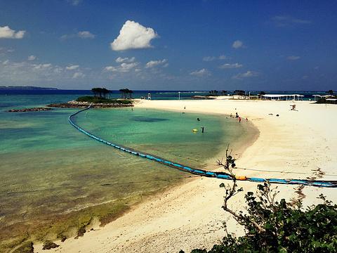 翡翠海滩的图片
