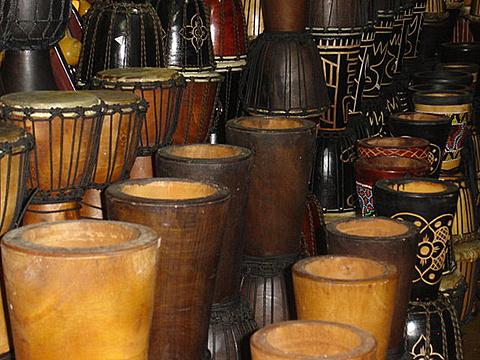 非洲鼓·工艺品批发部旅游景点图片