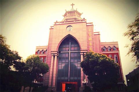 基督教泉南堂的图片