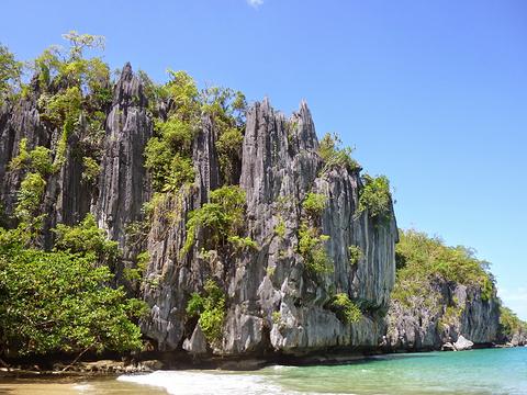 石灰岩和大理石峭壁旅游景点图片