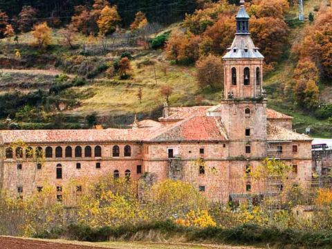 尤索和苏索修道院旅游景点图片