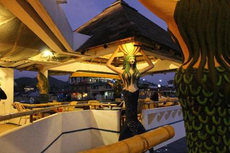 美人鱼餐厅