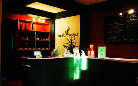 Cha Café & Bakery Saipan