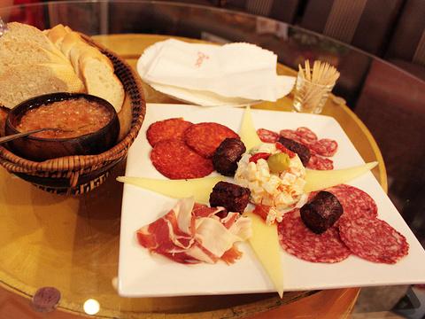 Barcino Wine and Tapas Bar旅游景点图片