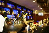 沃德比尔719酒吧