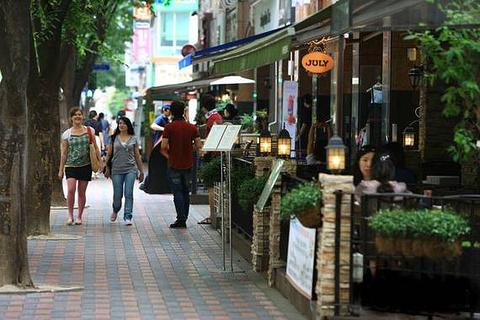 东城路咖啡街