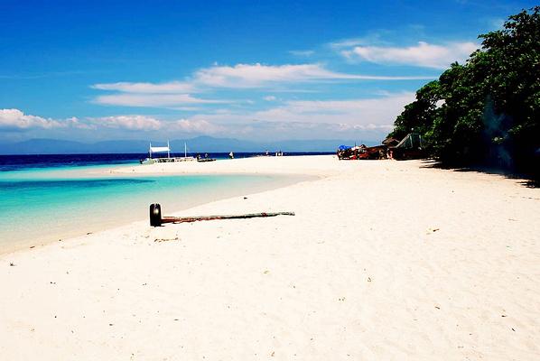 Basdaku Beach旅游图片
