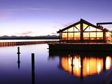 格兰特村湖色餐厅