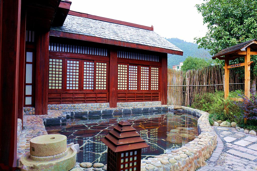 珠江南田温泉