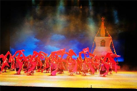 九寨沟藏族歌舞表演