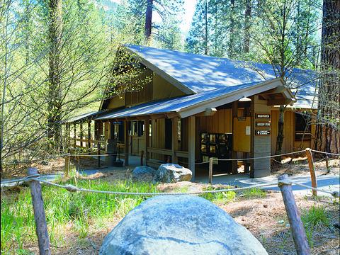 Housekeeping Camp杂货店旅游景点图片