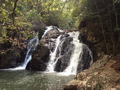 迪纳瀑布旅游景点图片