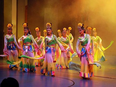 喜来登大酒店民族歌舞团旅游景点图片