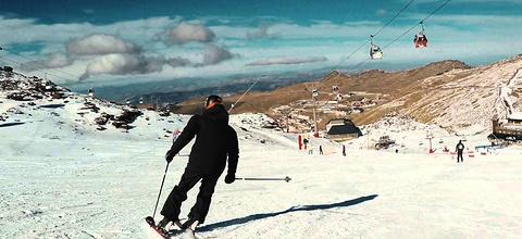 内华达雪山官方滑雪学校