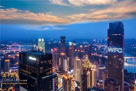 解放碑商圈的图片