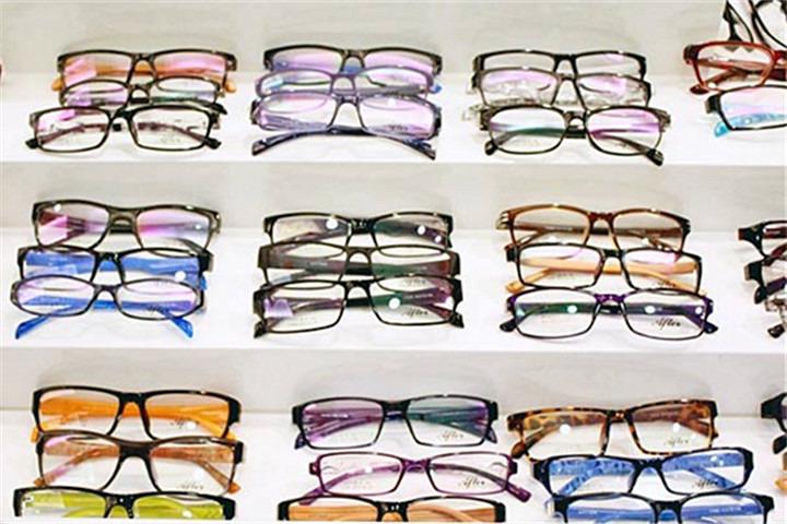 美宜佳平价眼镜超市