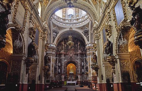 安古斯蒂亚丝大教堂