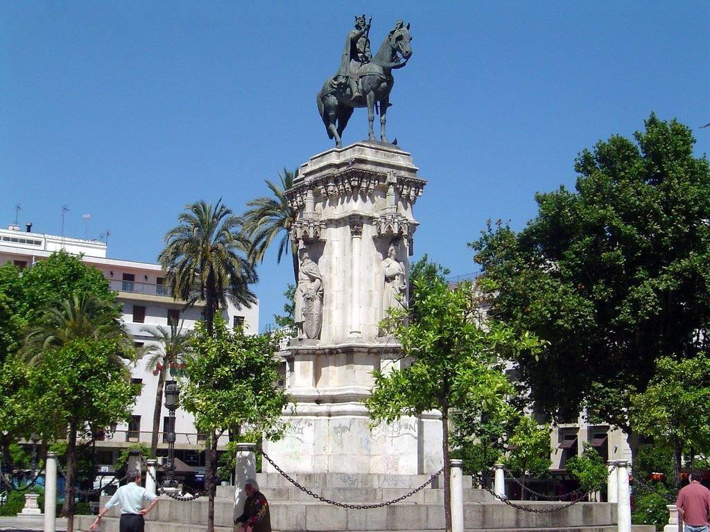 塞维利亚新广场(Plaza Nueva)