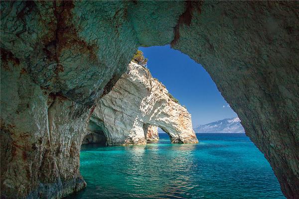 蓝色洞穴旅游图片