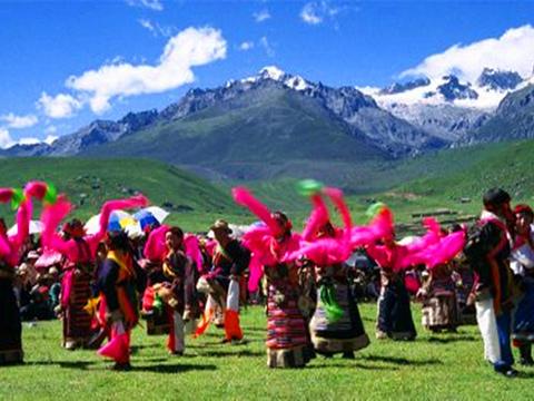 西藏民俗第一村旅游景点图片
