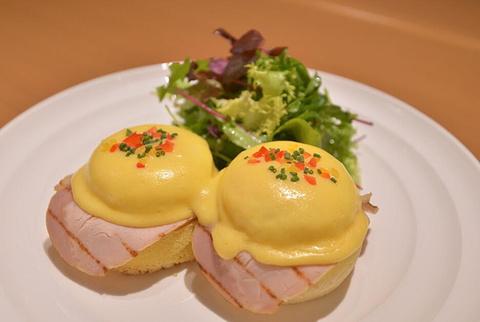 班尼迪克蛋(Eggs Benedict)