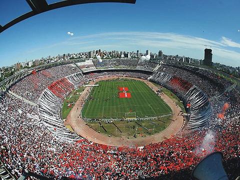 纪念碑球场旅游景点图片