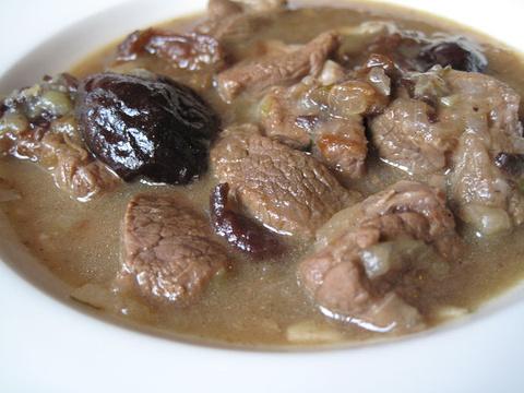 西梅焖羊肉