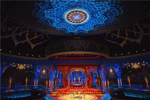 新疆大剧院《千回西域》的图片
