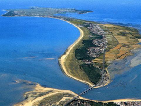 努瓦尔穆捷岛旅游景点图片