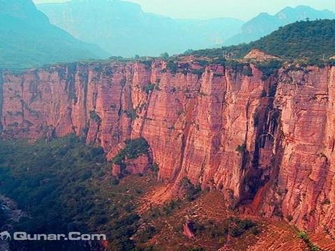 红崖峡谷旅游景点图片