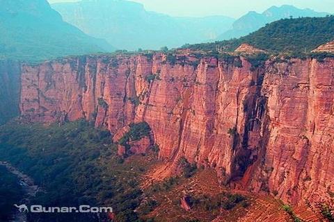 红崖峡谷的图片