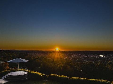 库塔山瞭望台旅游景点图片