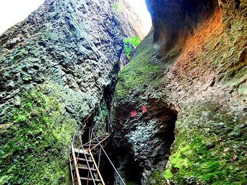 承德朝阳洞旅游景点图片
