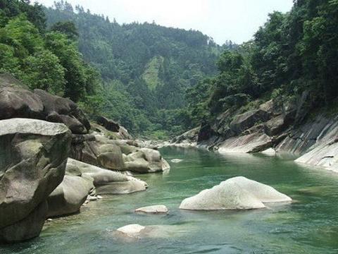 龙宝大峡谷旅游景点图片