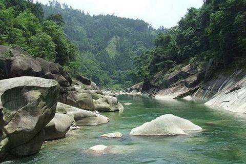 龙宝大峡谷