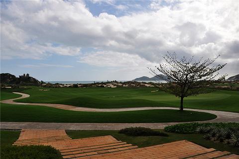 神州半岛高尔夫球会