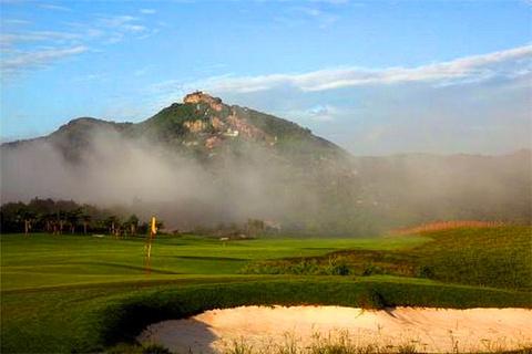 白石岭温泉高尔夫球会