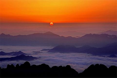 光明顶看日出
