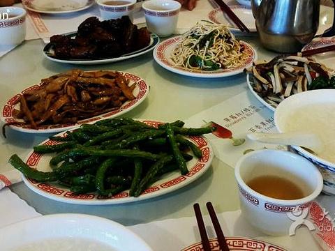 小陆子清粥(工业市店)旅游景点图片