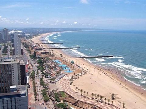 黄金海滩旅游景点图片