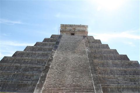 库若尔甘金字塔