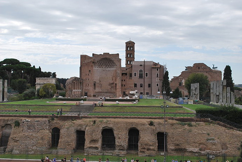 Temple of Venus and Roma