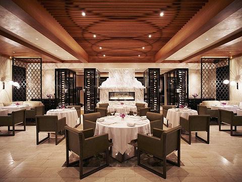 The Balfour Kitchen & Bar旅游景点图片