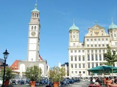 奥格斯堡市政厅广场旅游景点图片