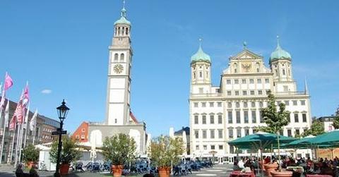 奥格斯堡市政厅广场