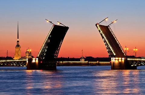 冬宫桥的图片
