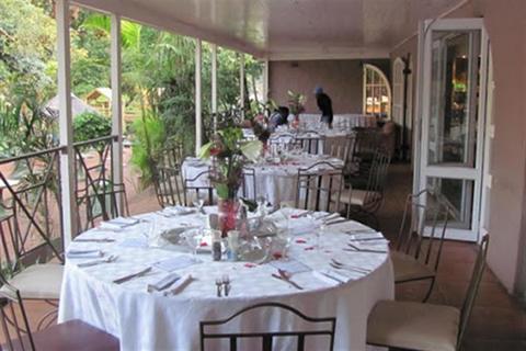 Blue Zoo Restaurant & Tea Garden